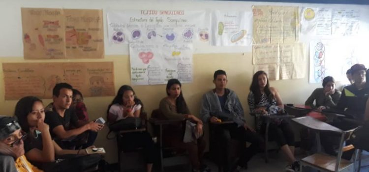 Students and professors of the University of Health Sciences of Mérida denounce irregularities
