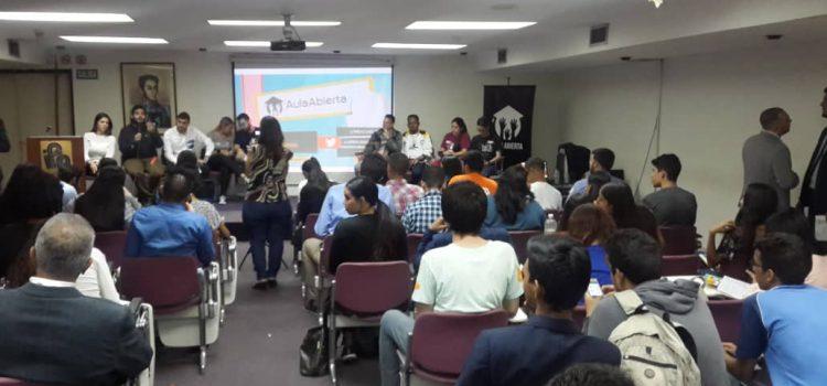 Estudiantes universitarios plantearon propuestas y recibieron homenajes por su día