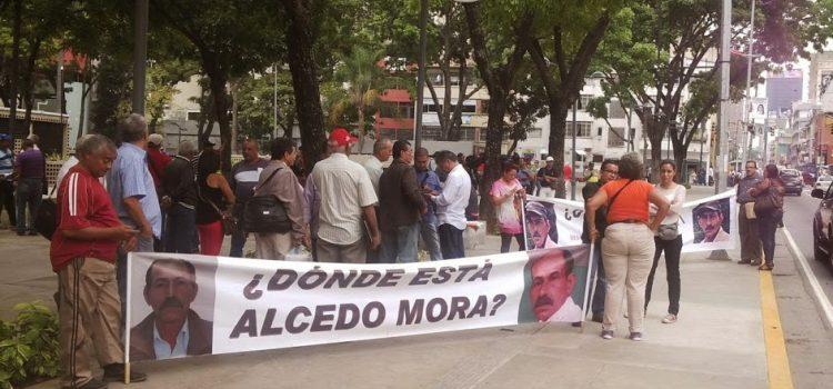 Las desapariciones forzadas de Alcedo Mora y los hermanos Vergel continúan impunes